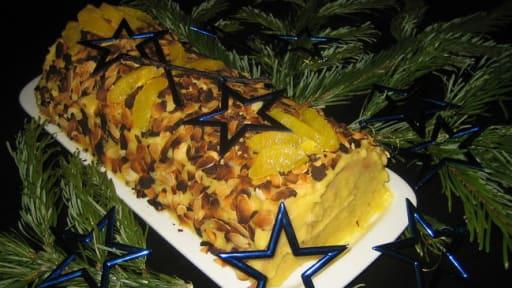 Bûche de Noël génoise et crème au beurre à la vanille bourbon