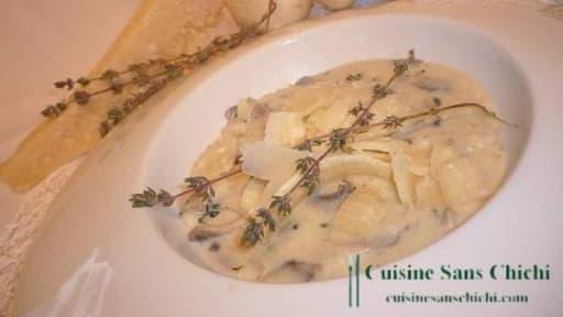 Risotto au parmesan et aux champignons de Paris.