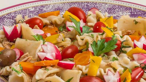Salade De Pates Au Thon Olives Et Legumes Recette Par Kilometre 0