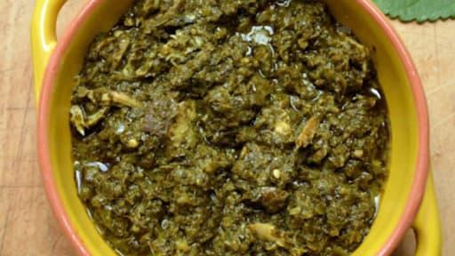Ragoût de feuilles de manioc