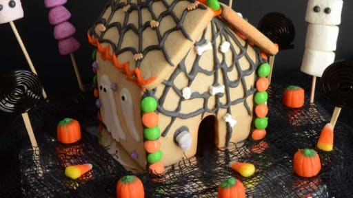 Maison En Pain D Epices Version Halloween Recette Par Turbigo