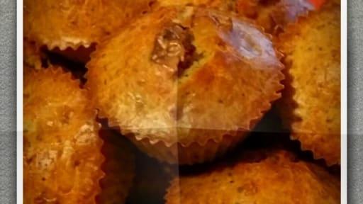 Cake au saucisson sec et noisettes