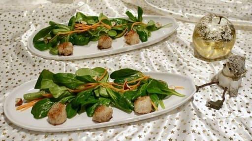 Saint-jacques panées aux noisettes et sa salade de mâche