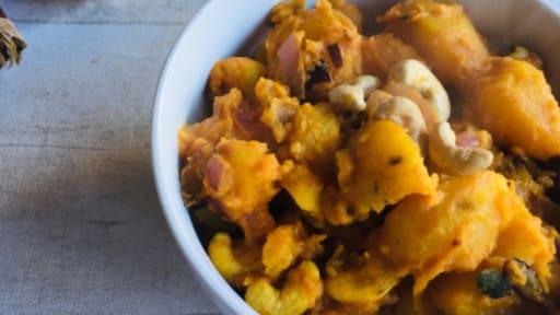 Curry de pommes de terre aux noix de cajou