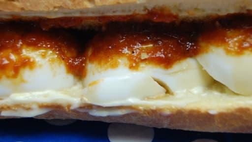 Sandwich aux oeufs épicé