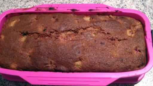 Cake framboises et rhubarbe