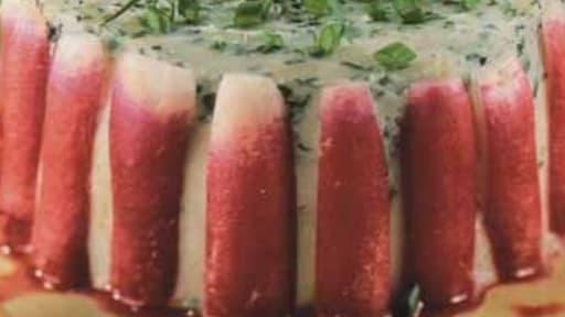 Mini charlotte de radis roses, fromage frais aux herbes fines, vinaigrette à la framboise