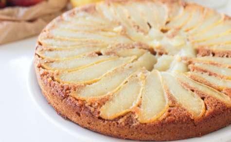 Gâteau vegan renversé aux poires à l'amande