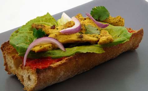 Tartine poulet curry