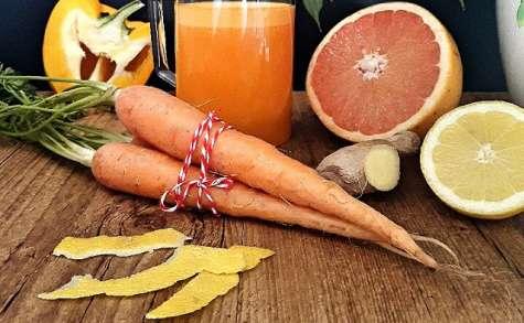 Quartet orangé, jus de carotte, orange, pamplemousse, poivron jaune