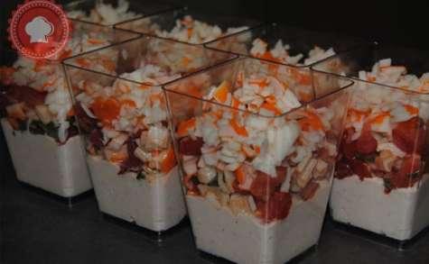 Verrines mousse de thon, tomates et surimi