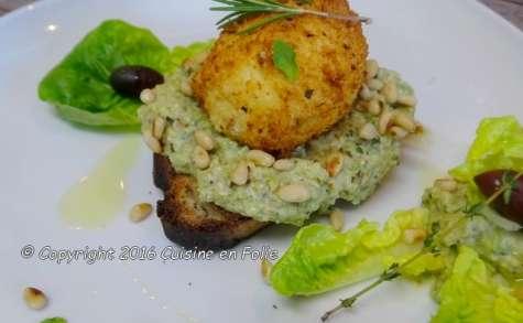 Oeuf mollet frit sur caviar de courgettes aux pignons et Pitacou citron
