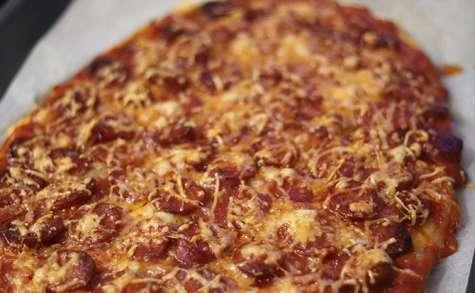 Pizza au chorizo et oignons rose de Roscoff