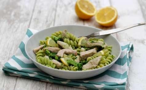 Pâtes sauce au brocolis et émincé de dinde