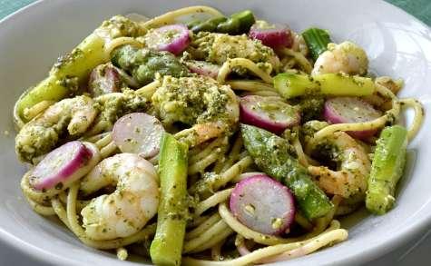 Spaghetti printaniers aux crevettes
