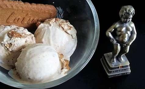 Crème glacée au spéculoos