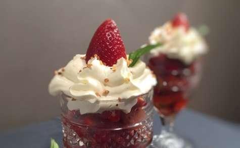 Coupe de fraises menthe et sa chantilly vanille