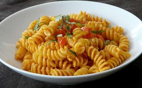Fusillis à la crème de poivrons - Simple & Gourmand