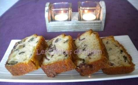 Cake au magret de canard fumé, noix et Comté