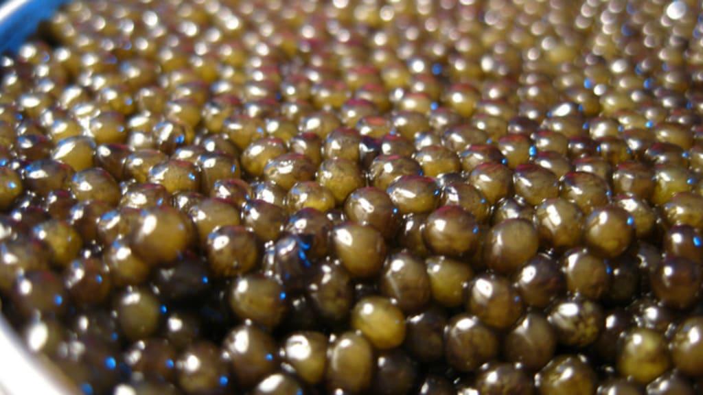 Caviar dans une boîte