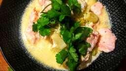 Blanquette de saumon aux poireaux et au curry