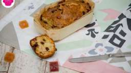 Cakes aux pâtes de fruits et raisins secs