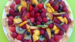 tarte aux fruits d'été et à la crème citron vert