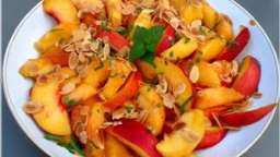 salade de pêches et nectarines au thé vert vanille gingembre