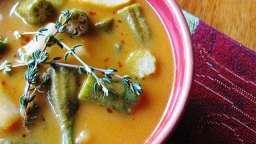 Soupe africaine au beurre d'arachide et aux okras
