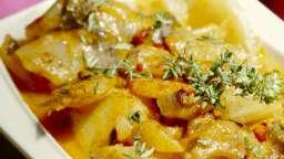 Blettes et pommes de terre en sauce sésame et tomates.