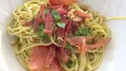 Spaghetti au lomo et au pesto
