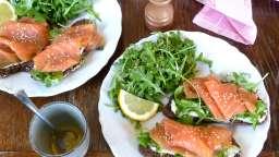 Tartine délicieuse saumon et roquette