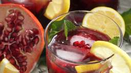 Mocktail grenade, rose et citron