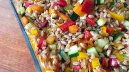Salade de blé aux légumes croquants