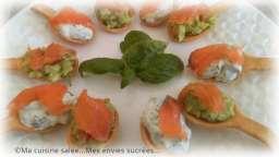 Cuillères apéritive saumon fumé