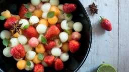 Salade aux 2 melons, pêche et fraise à la badiane