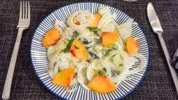 Salade de fenouil, pêche et basilic