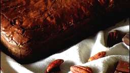 Brownie, éclat chocolat au caramel & noix pécan caramélisées