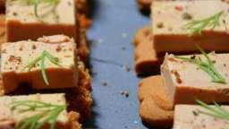 Canapés de foie gras aux speculoos et pain d'épices