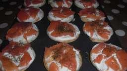 Blinis au saumon fumé et fromage blanc à l'aneth