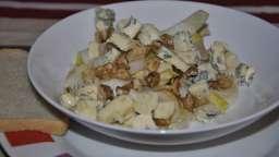Salade d'endives au bleu d'auvergne et noix