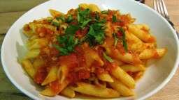 Penne sauce au thon (penne al tonno)