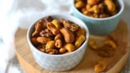 Noix de cajou et noix rôties aux épices