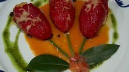 Pimientos del Piquillo farcis à la brandade de morue nîmoise et rôtis au parmesan, coulis de tomates fraîches