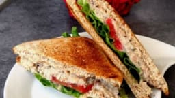 Club sandwich comme un thon mayo