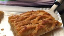 Tarte fine feuilletée aux pommes et armagnac