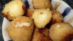 Boulettes de poulet croustillantes coeur fondant au gouda