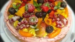 Pavlova meringue citron vert, chantilly mascarpone vanille et fruits frais