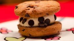 Sandwich glacé cookie à la vanille