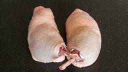 Désosser une cuisse de canard à farcir